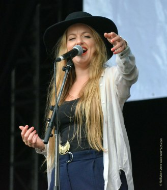 JO HARMAN got revelers up and dancing on Sunday ...